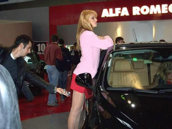 Car Funny Pictures Is it motor show?