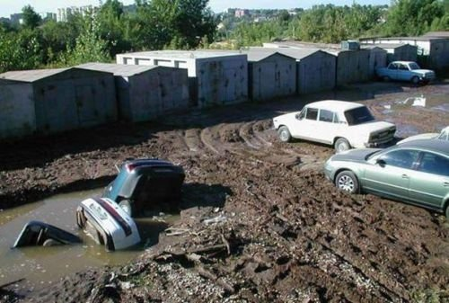 Car Funny Pictures A very compact parking