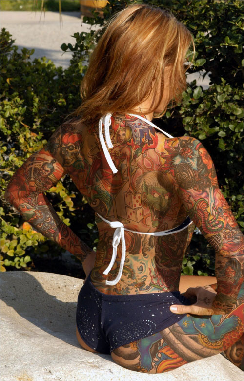 Facebook Funny Pictures Body Art Back Woman