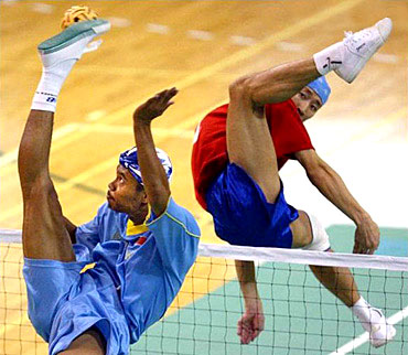 Sport Funny Pictures Foots...volleyball